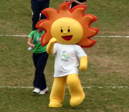 Cauê, sol escolhido como mascote no Pan do Rio, em 2007. [3]