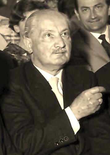 Martin Heidegger, considerado um dos mais originais filósofos do século XX, influenciou bastante a obra de Sartre. [2]