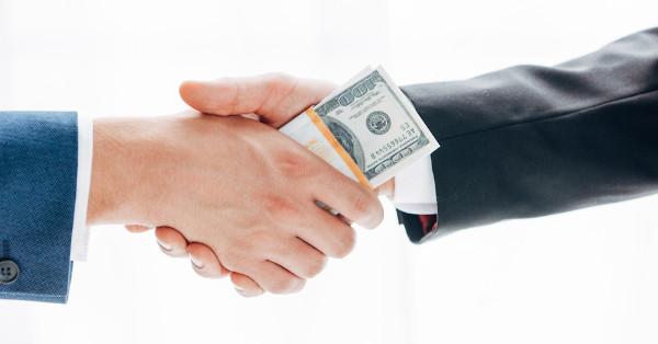 A prática da corrupção é uma forma de quebra dos parâmetros de ação estabelecidos pela ética.