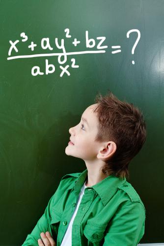 A fatoração é um instrumento que facilita a resolução das expressões algébricas.
