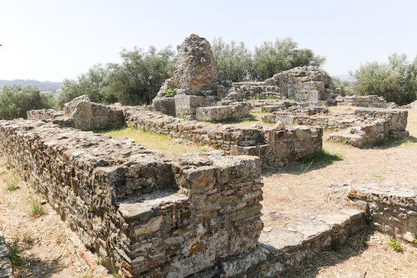 Ruínas de Esparta, uma das principais pólis gregas e a grande rival de Atenas.