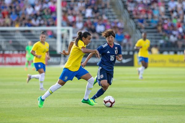 Marta atuando pela seleção em jogo contra o Japão pelo Torneio das Nações 2018. [4]