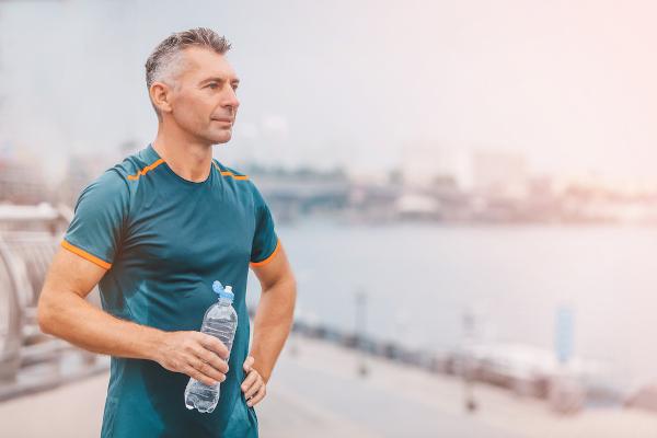A atividade física é uma excelente forma de vivermos mais, com saúde e disposição.