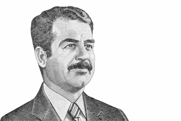 Saddam Hussein foi ditador iraquiano por mais de duas décadas. Foi aprisionado por tropas norte-americanas em 2003 e executado em 2006.