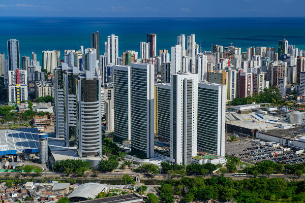 Vista aérea de Recife, capital de Pernambuco. [1]