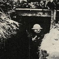 soldado em trincheira