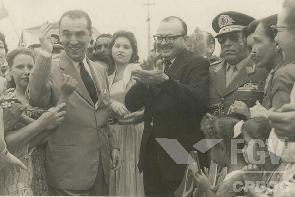 Juscelino Kubitschek foi presidente do Brasil de 1951 a 1956 e foi o responsável pela construção da nova capital, Brasília.