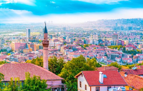 Ancara, capital da Turquia, um dos países mais populosos do Oriente Médio.[1]