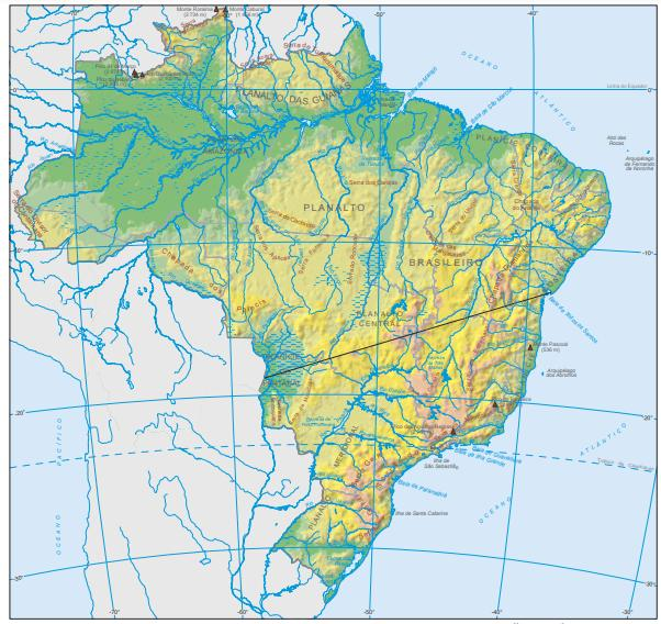 Mapa físico do território brasileiro produzido pelo Instituto Brasileiro de Geografia e Estatística (IBGE).