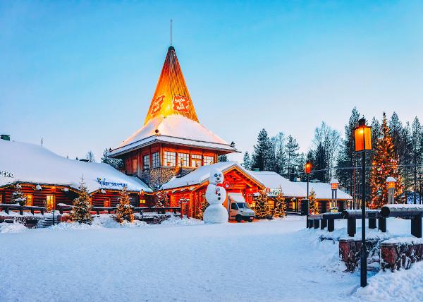 Vila do Papai Noel na Lapônia, região norte da Finlândia [1]