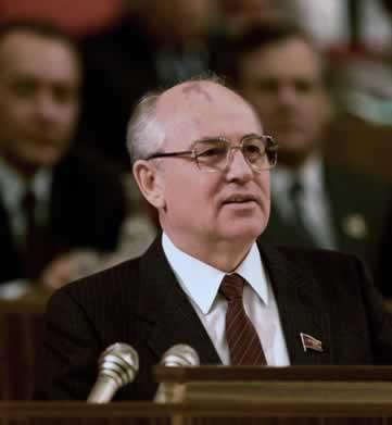 Mikhail Gorbachev: responsável pela implantação da Perestroika e da Glasnost na URSS