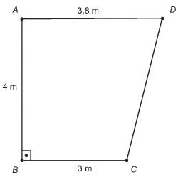 Representação de laboratório com formato de trapézio. Base maior mede 3,8 m; a menor, 3 m; e a altura, 4 m.