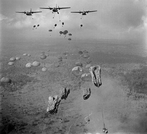 A participação americana na Guerra do Vietnã foi desastrosa e forçou as tropas do país a se retirarem de lá derrotados em 1973.