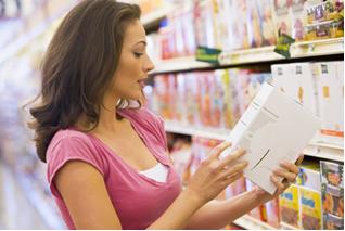 Leia o rótulo, a composição e o prazo de validade dos alimentos