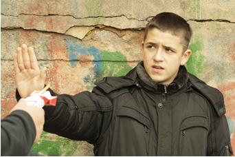 Para conseguirem dizer n�o para as drogas, os jovens precisam saber dos malef�cios de consumi-las