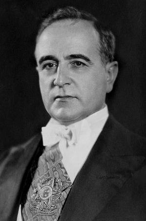 Vargas teve que renunciar ao cargo em 1945