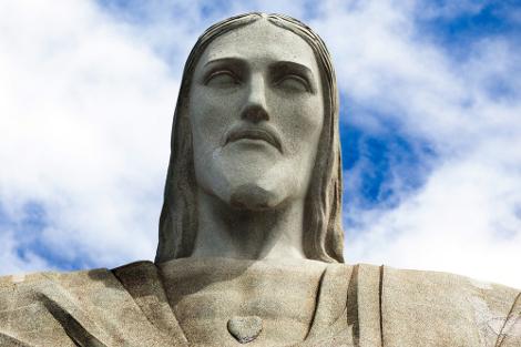 Coração do Cristo Redentor mede 1,30 metro