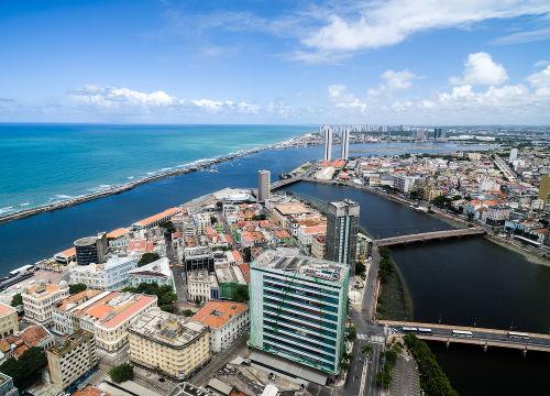 Recife é uma das principais metrópoles brasileiras e é a única do Nordeste que figura entre as cinco maiores