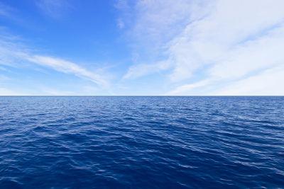 A água do mar é uma solução em que o solvente é a água e os sais são os solutos