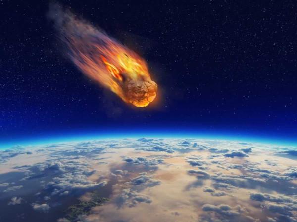É na camada da atmosfera conhecida como mesosfera que ocorre a combustão de meteoritos.