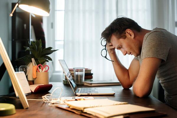 Controlar os níveis de estresse ajudam a ter uma vida mais saudável.