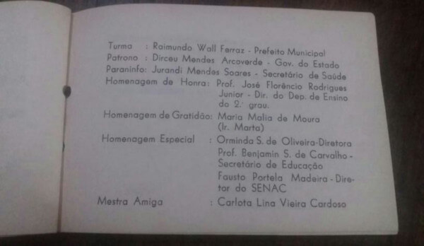 Foto do convite de formatura da primeira turma da Escola de Enfermagem