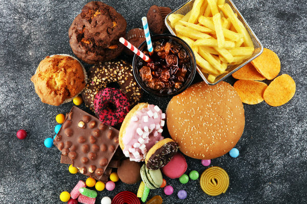 Os carboidratos não são vilões, sendo o principal problema uma dieta inadequada.