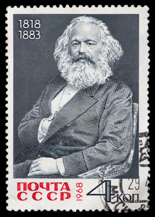 Para Marx, o fim das classes sociais e da exploração do proletariado somente ocorreria pela revolução do proletariado.*