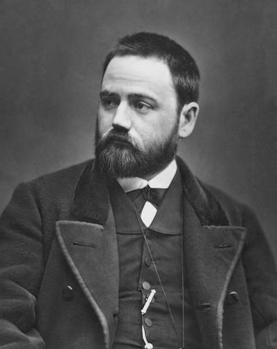 Retrato de Émile Zola, fundador da escola naturalista.
