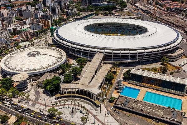 Complexo do Maracanã, com estádio, ginásio e parque aquático. [7]