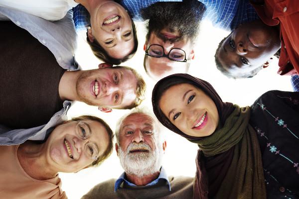 A alteridade é o reconhecimento e o respeito das diferenças entre as pessoas