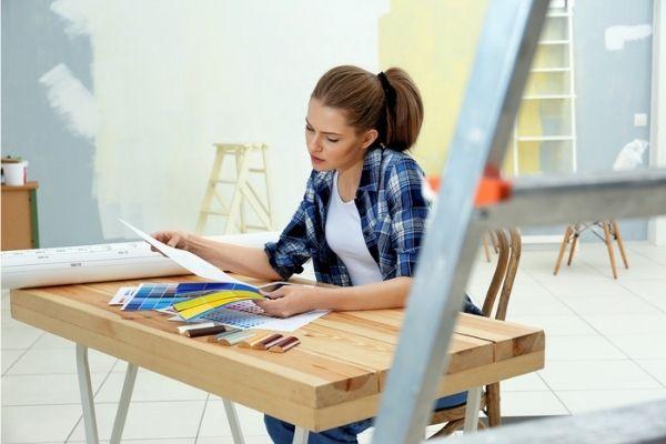 Escolha de cores e revestimentos faz parte da atividade do designer de interiores